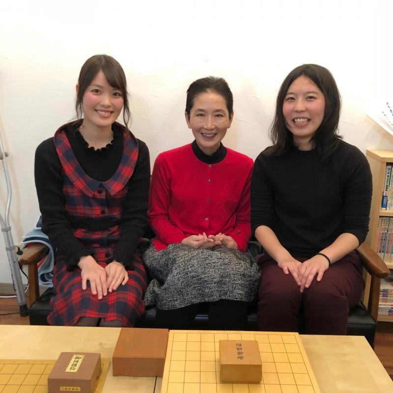 縁工房(ゆかり)のマダムなかのひろこ先生と里見姉妹先生の記念写真♡