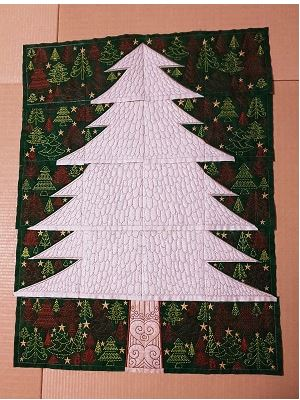 エジプト千鳥クリスマスリース用のオーナメント製作♪