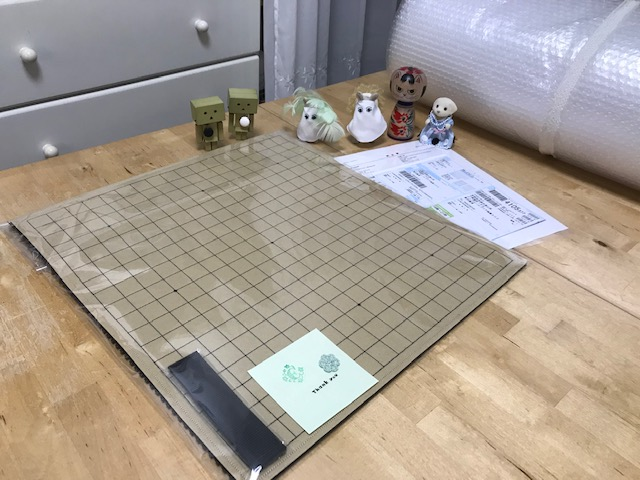魔法のフェルト碁盤 19路盤のご注文頂きまして 大変ありがとうございます。