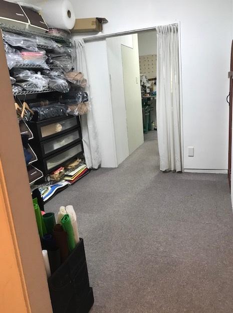フェルト製布盤のお部屋の床が見えた!!
